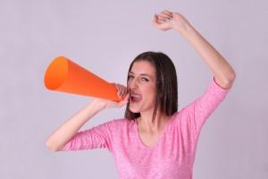 叫んでる女性1